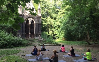 10 Tips for Choosing a Yoga Retreat